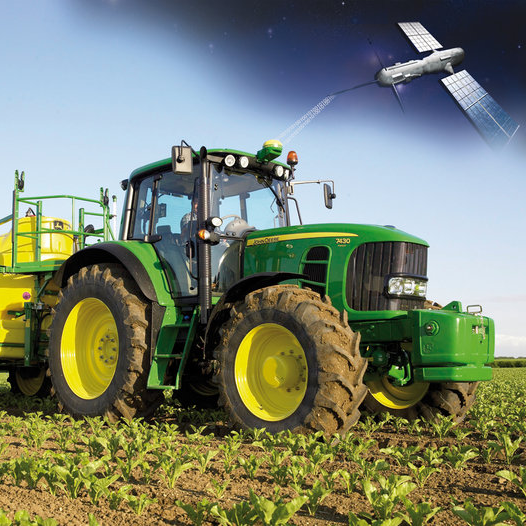 Rendering of satellite-to-tractor data transmission